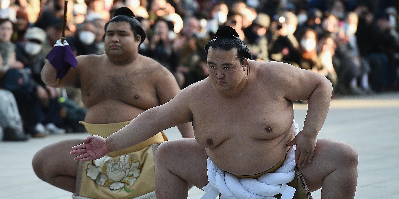 TOKYO, JAPAN - JANUARY 27:  New Yokozuna Kisenosato performs the dohyoiri at Meiji Shrine on January 27, 2017 in Tokyo, Japan. Kisenosato is the first Yokozuna appointed in three years after winning the last Grand Sumo Tournament.  (Photo by Matt Roberts/Getty Images)