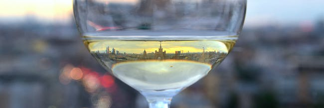 moscow throuh a glass of wine