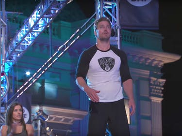 Ninja Warrior Stephen Amell