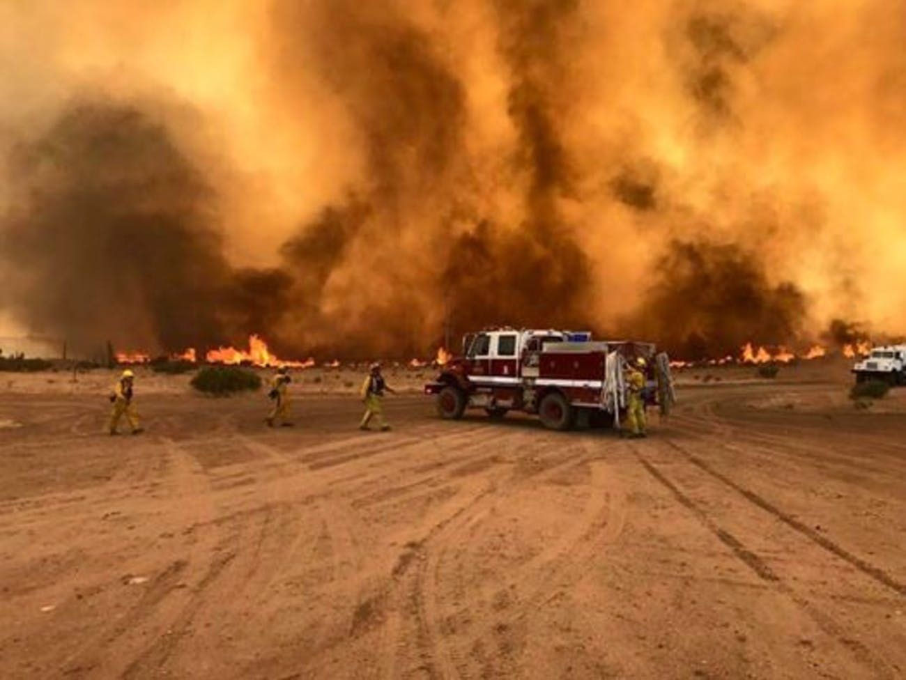 Fires Burn in Nevada Near Tesla's Gigafactory, Maybe from