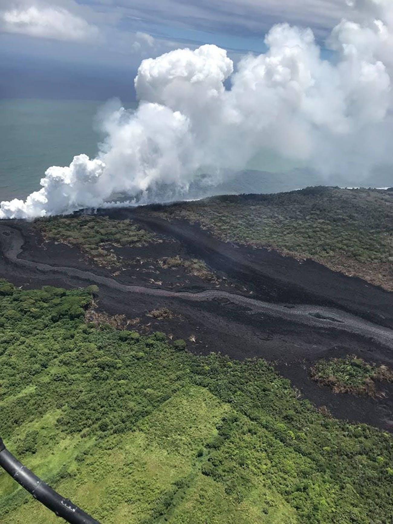 laze kilauea volcano
