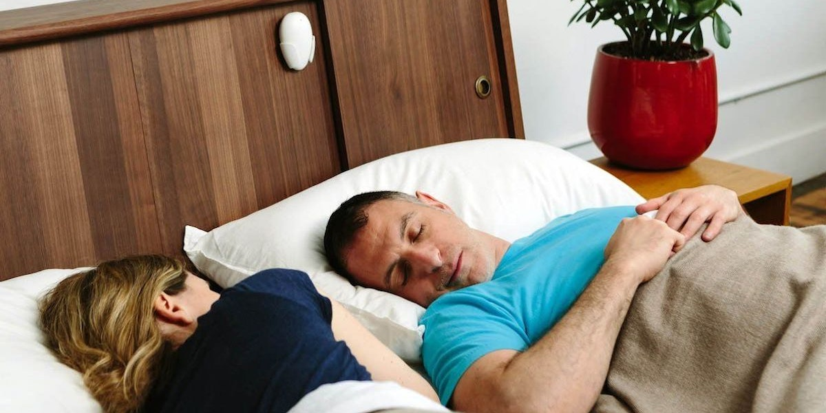 This Remarkably Simple Snoring Remedy Works Without Changing the Way You Sleep