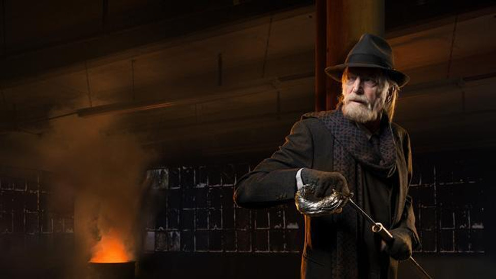 David Bradley as Abraham Setrakian. The man deserves a win against an undead Nazi!