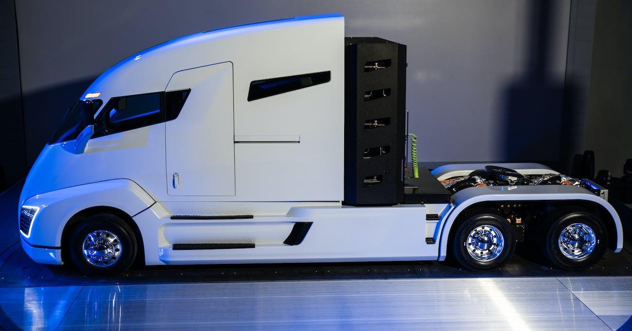The Nikola One, an electric sleeper semi-truck.