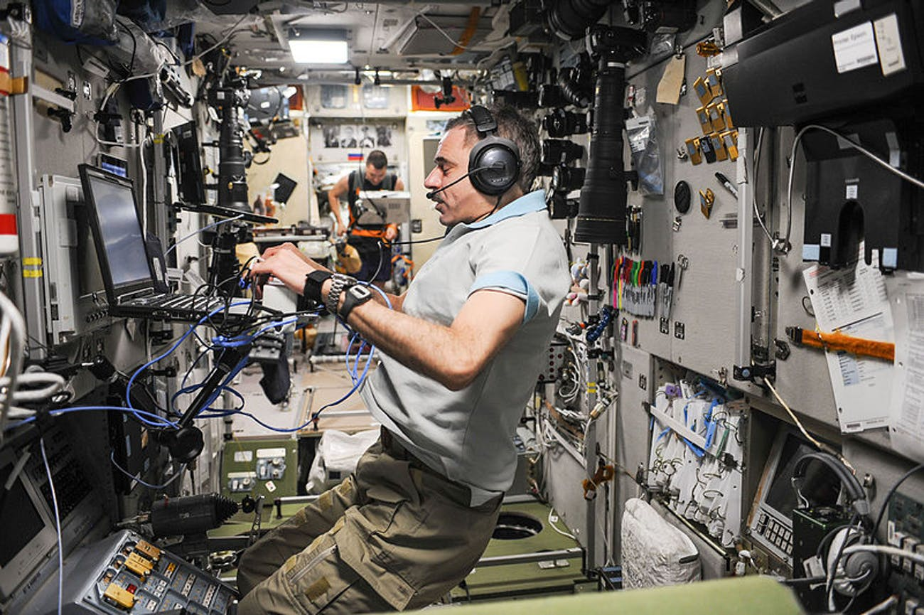 ISS space microbes