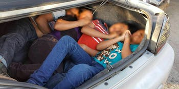 Border Patrol agents remove seven illegal aliens including three children from hot car trunks