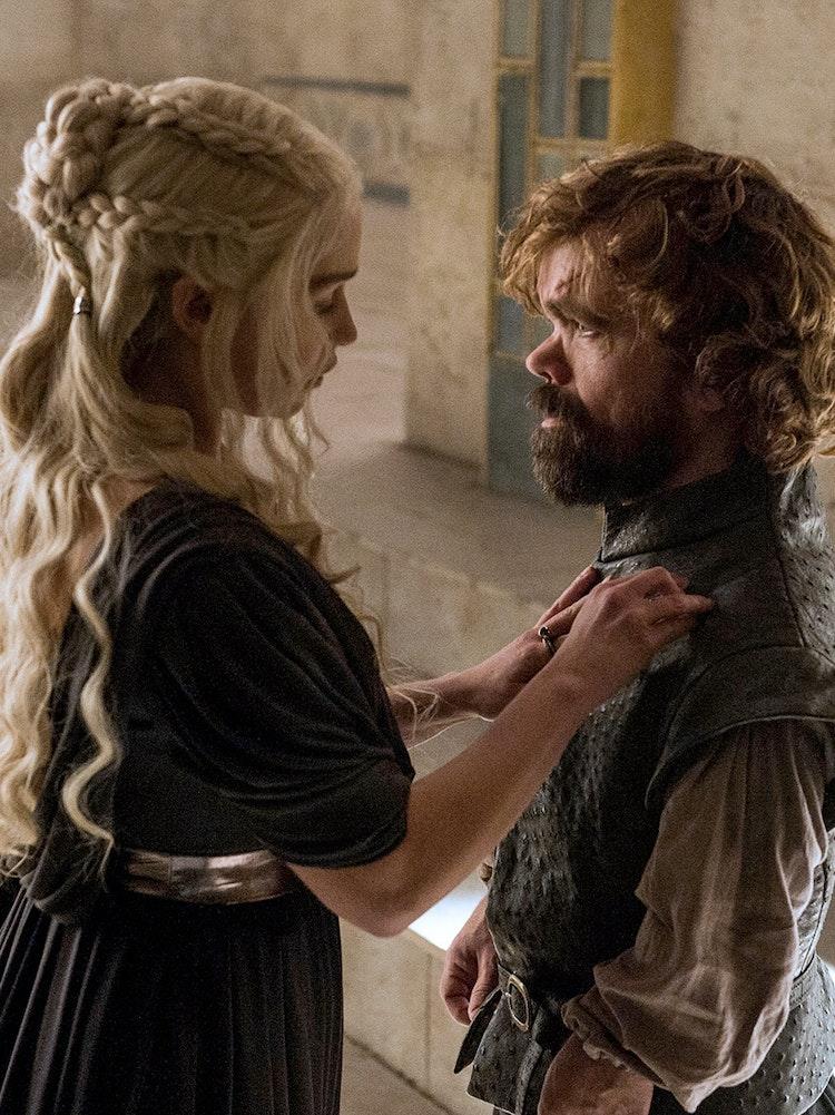 Game of thrones daenerys marry tyrion season 7 inverse for Daenerys jewelry season 7