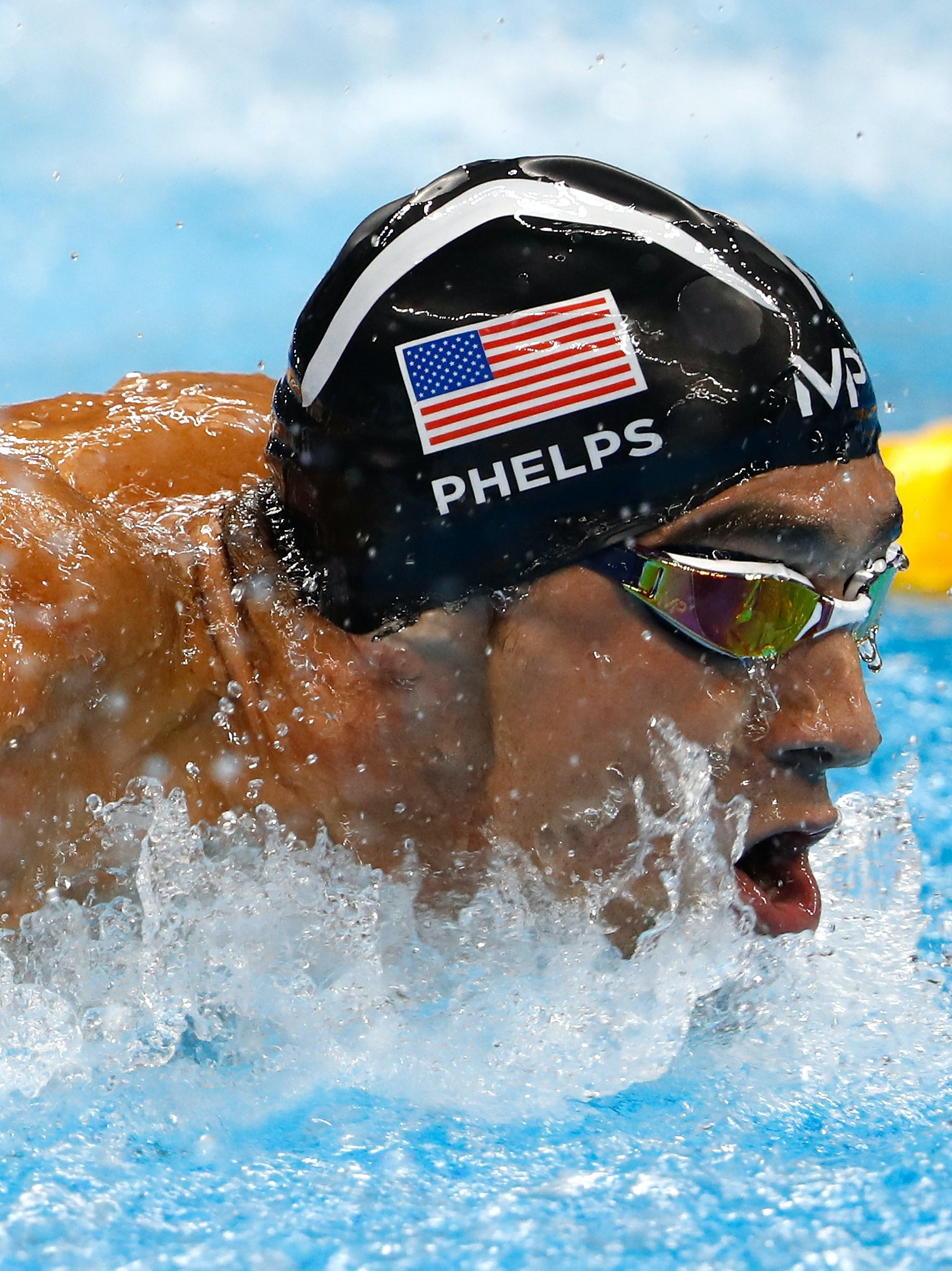 RIO DE JANEIRO, BRAZIL - AUGUST 13:  Michael Phelps of the United States competes in the Men's 4 x 100m Medley Relay Final on Day 8 of the Rio 2016 Olympic Games at the Olympic Aquatics Stadium on August 13, 2016 in Rio de Janeiro, Brazil.  (Photo by Clive Rose/Getty Images)