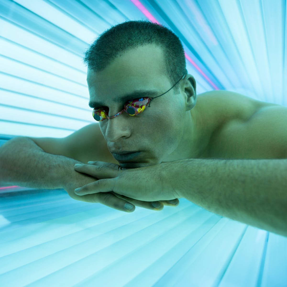 Study shows that the tanning industry may be targeting neighborhoods with g