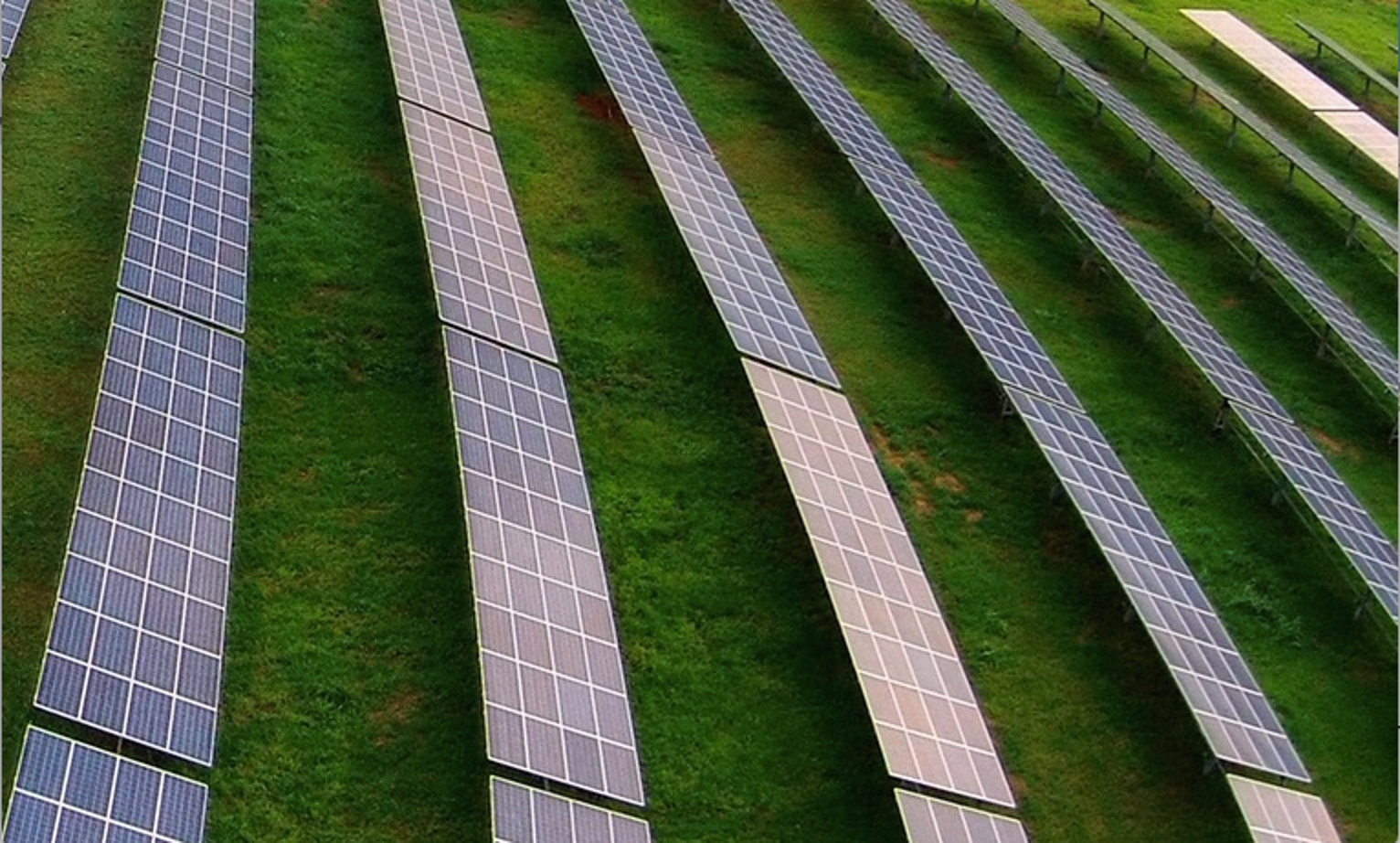 """""""Community Solar"""" Might Power America's Old Houses"""