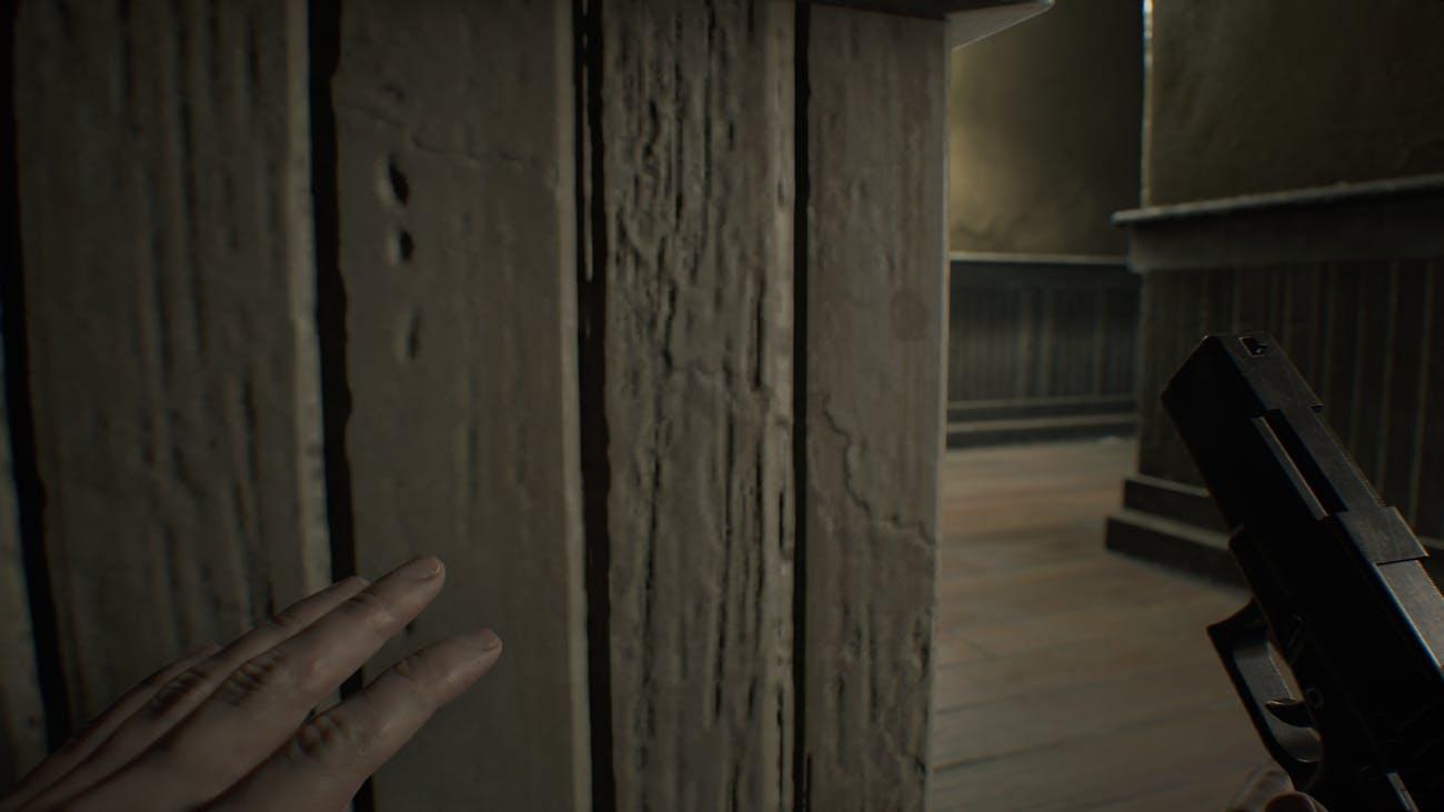 How to Best Avoid Enemies in 'Resident Evil 7' | Inverse