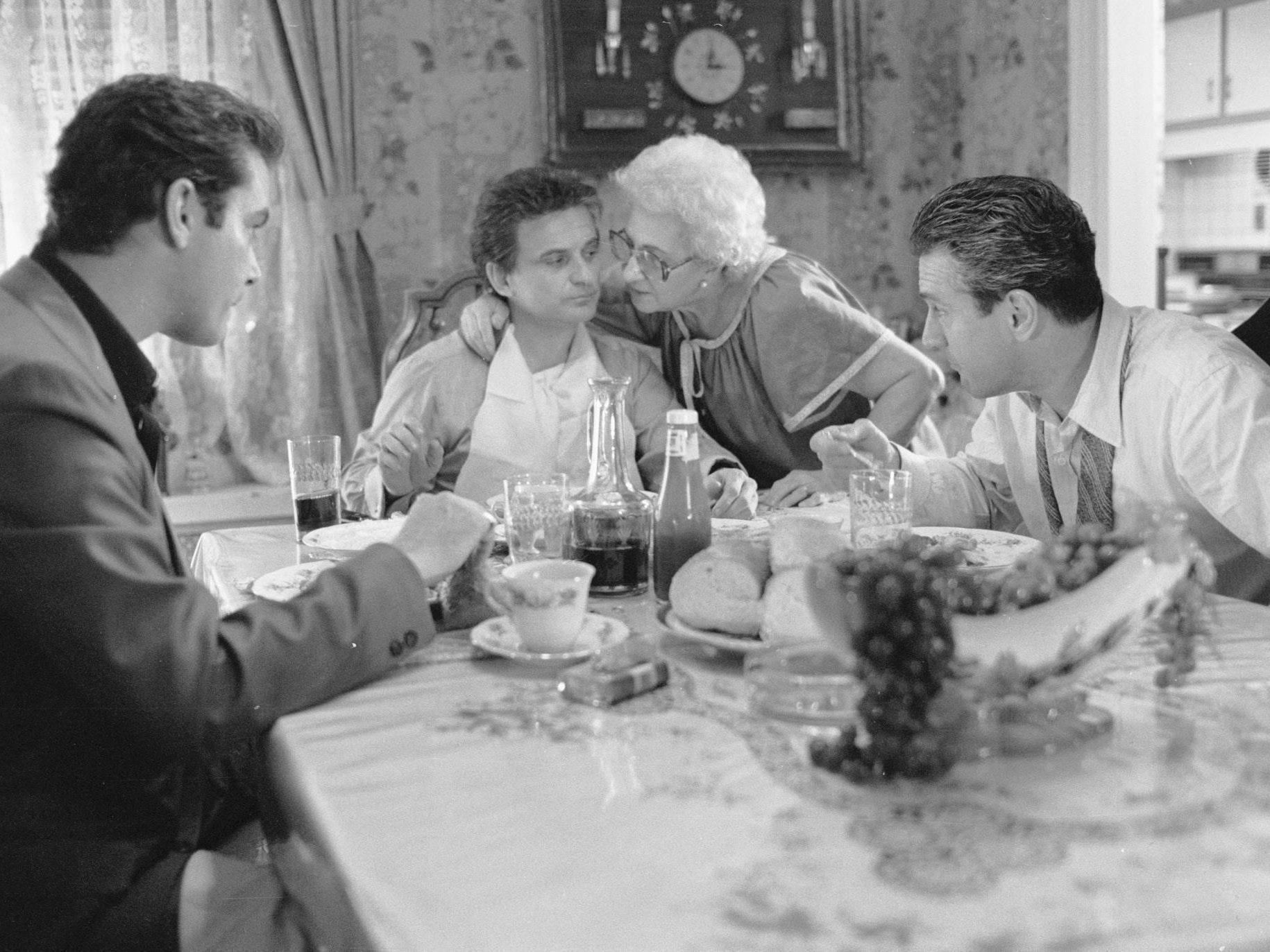 Get Into the Thanksgiving Spirit With These 5 Movie Dinner Scenes
