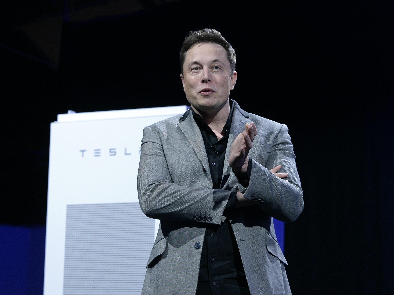 What's Up with Elon Musk's Solar City / Tesla Powerwalls?
