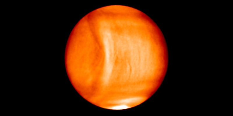 The wave, which is completely immune to Venus's insane winds, is 6,200 miles long.