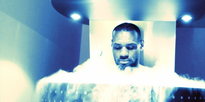 What Doctors Want You To Know Before Trying Whole-Body Cryotherapy