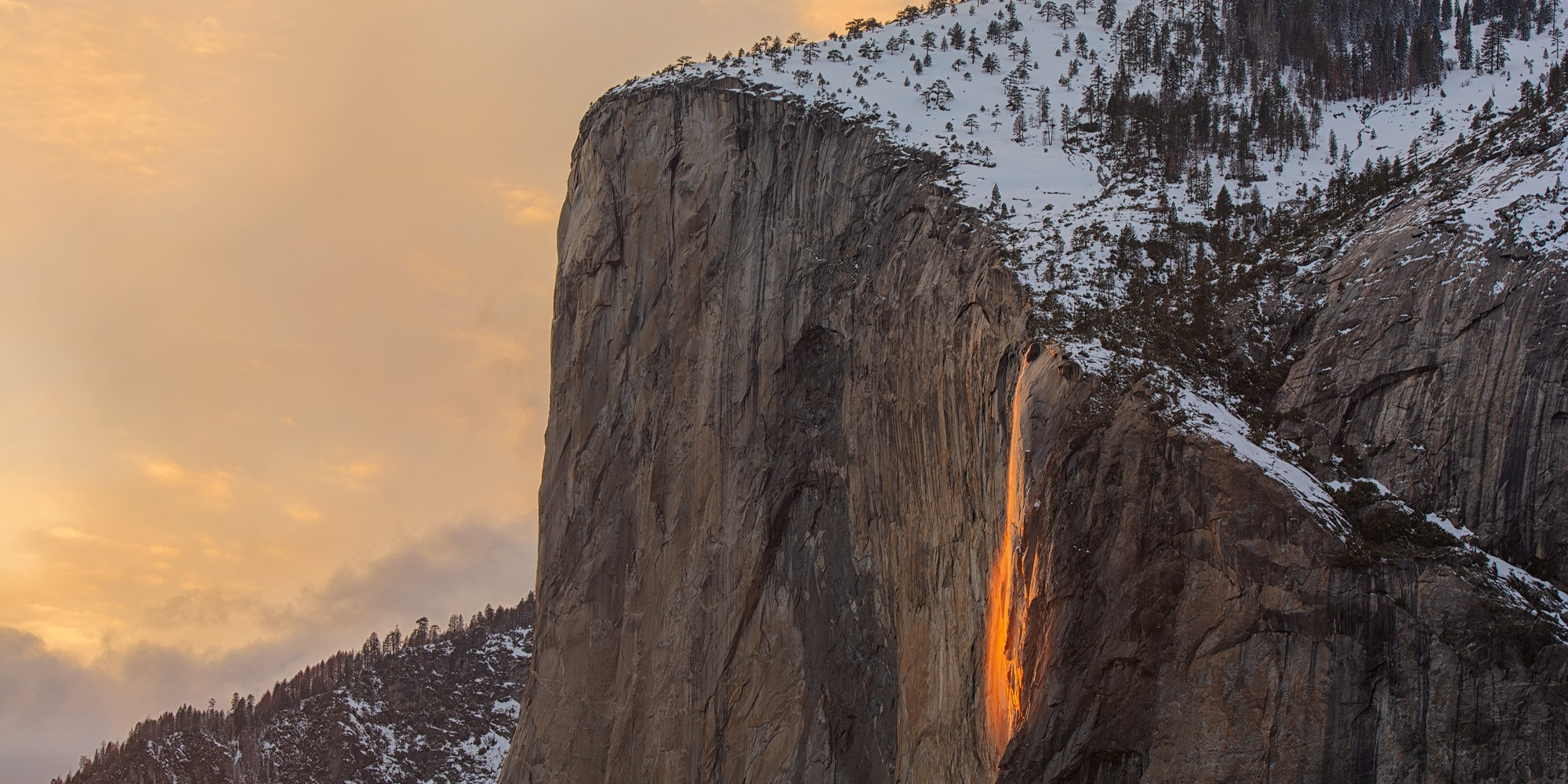 Spectacularly Fiery Optical Illusion Makes Its Annual Return to Yosemite