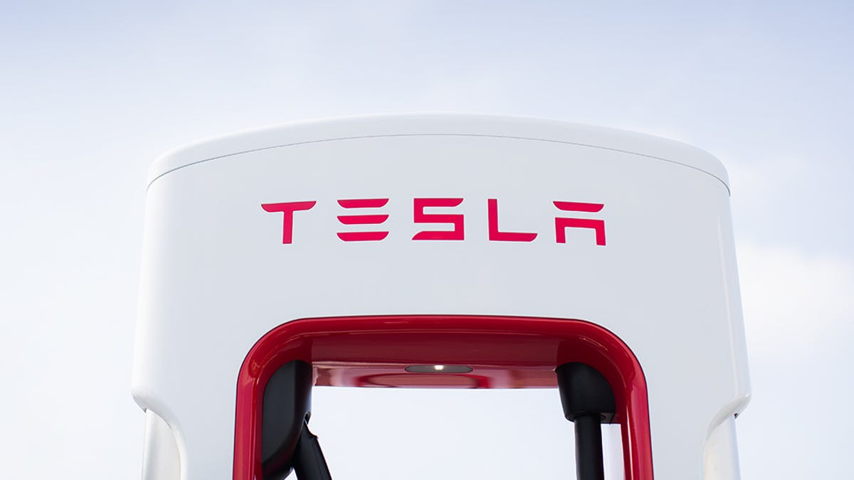 Elon Musk Responds to Complaints With Global Map of Tesla ...