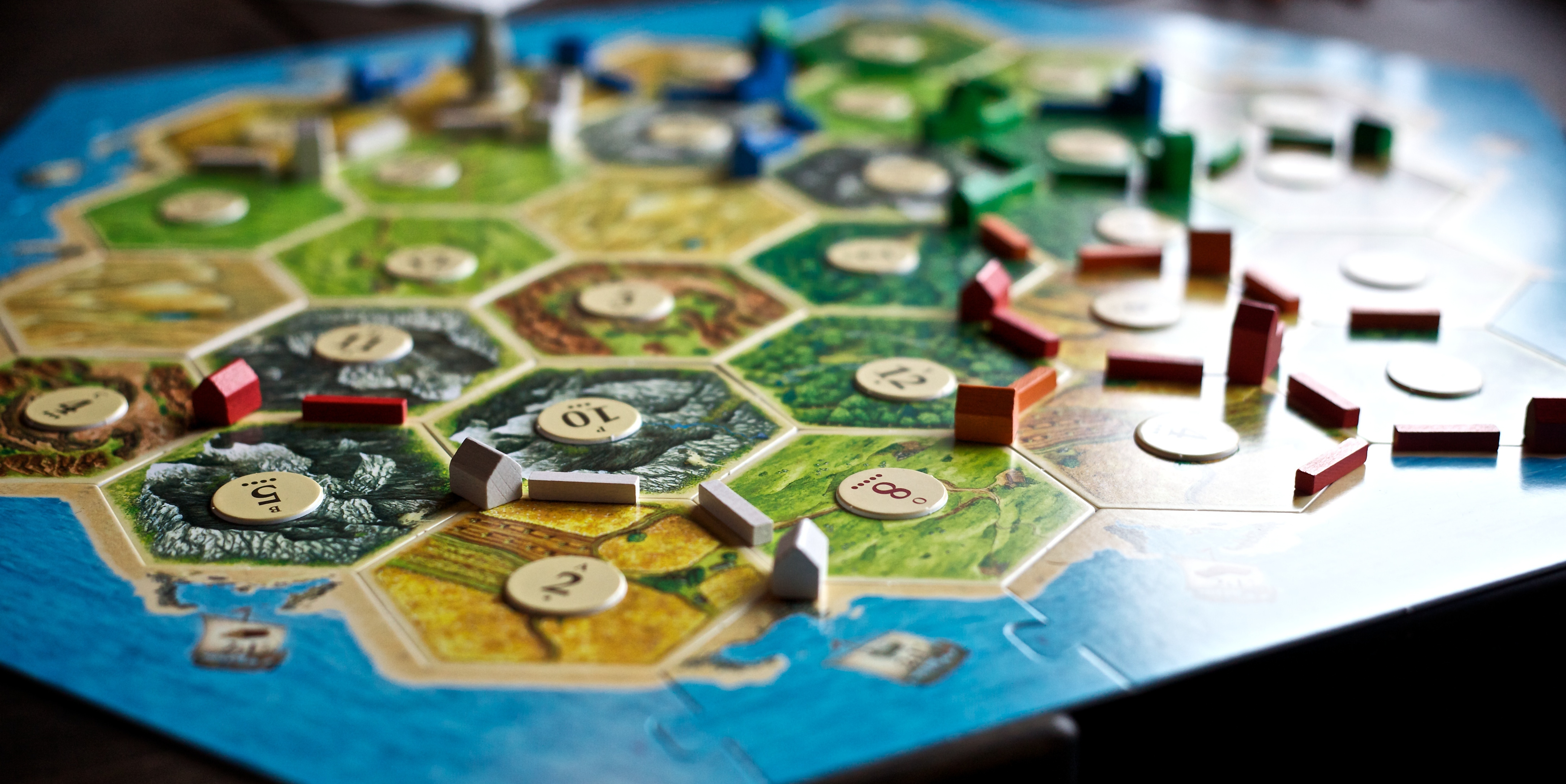 The 5 Best Tabletop Games for Couples