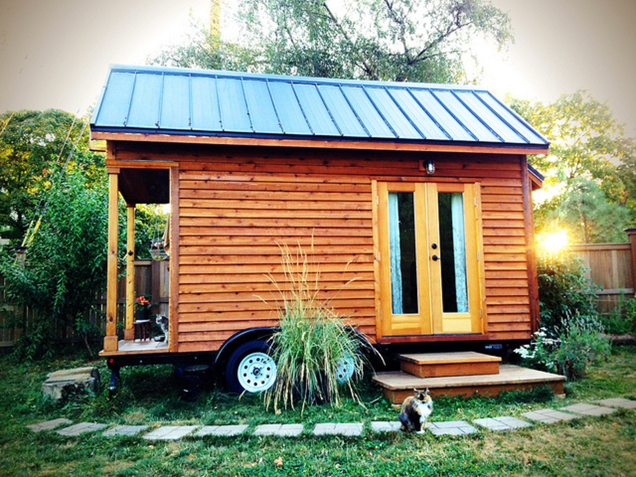 Approximately 68 percent of people with tiny houses don't have a mortgage.