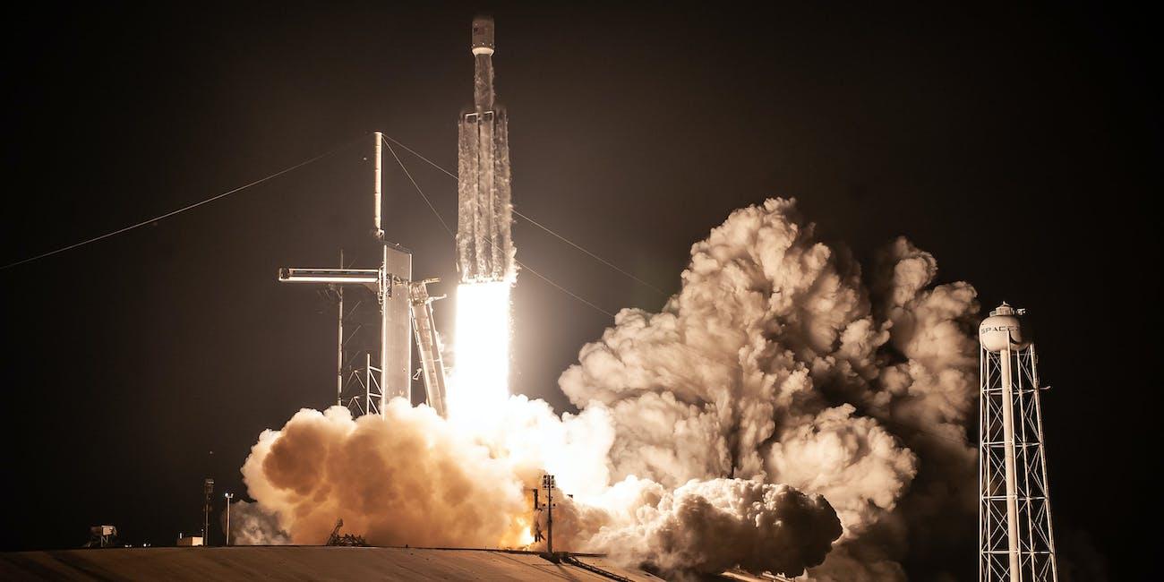 Falcon Heavy night launch