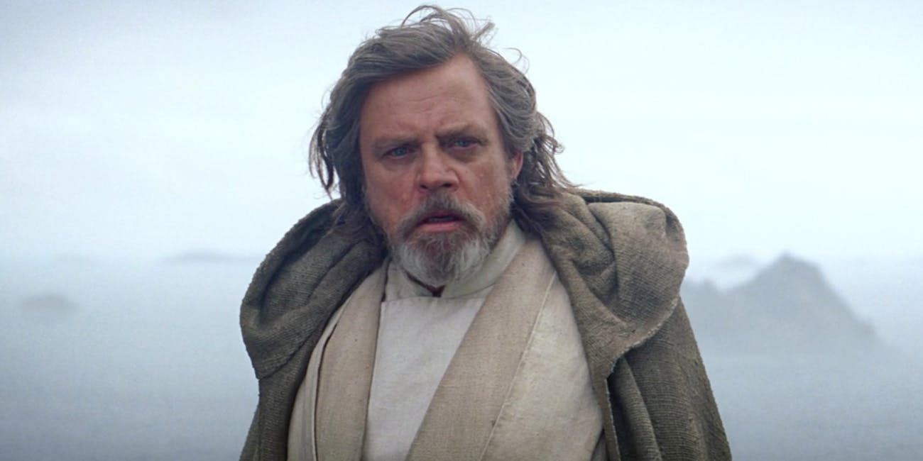 luke-skywalker-at-the-end-of-the-force-awakens.jpeg?rect=63%2C0%2C2115%2C1058&dpr=2&auto=format%2Ccompress&w=650
