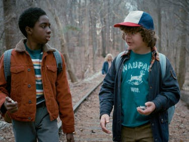 'Stranger Things' S2 Might Introduce Lucas's and Dustin's Parents