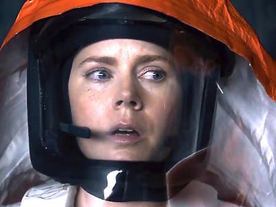 Why 'Arrival' Made Me More Scared of Donald Trump Than Ever