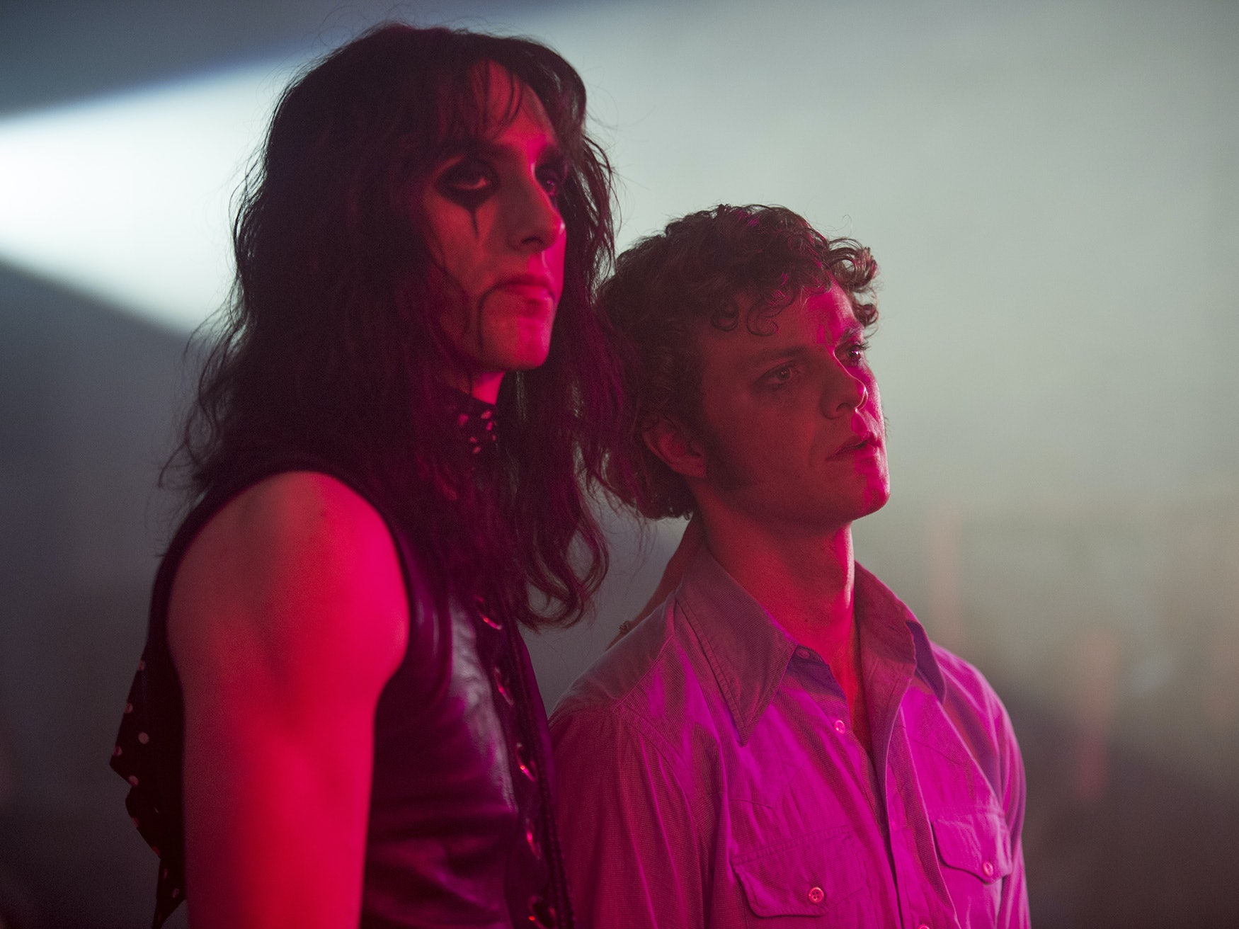 'Vinyl' Episode 3 Crams in Punk, Rap, Soft Rock, and Alice Cooper