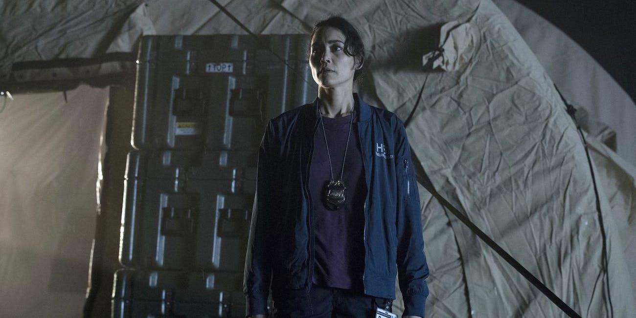 Agent Ren on 'The Crossing'