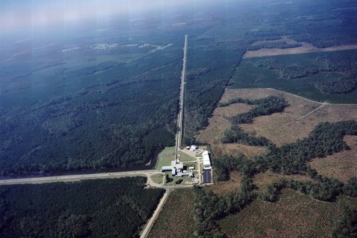 Aerial View Of LIGO Livingston 599x400
