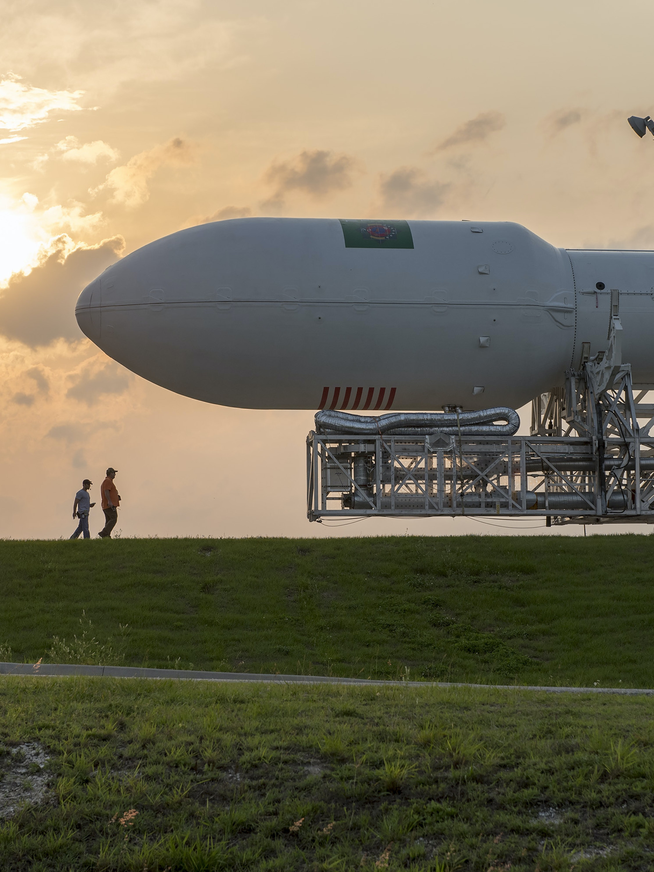 CAPE CANAVERAL, FL - APRIL 26: In this handout provided by the National Aeronautics and Space Administration (NASA), SpaceX's Falcon 9 is moved to the launch pad prior to the rocket's Thales Alenia Space launch attempt on April 26, 2015 in Cape Canaveral, Florida. (Photo by NASA via Getty Images)