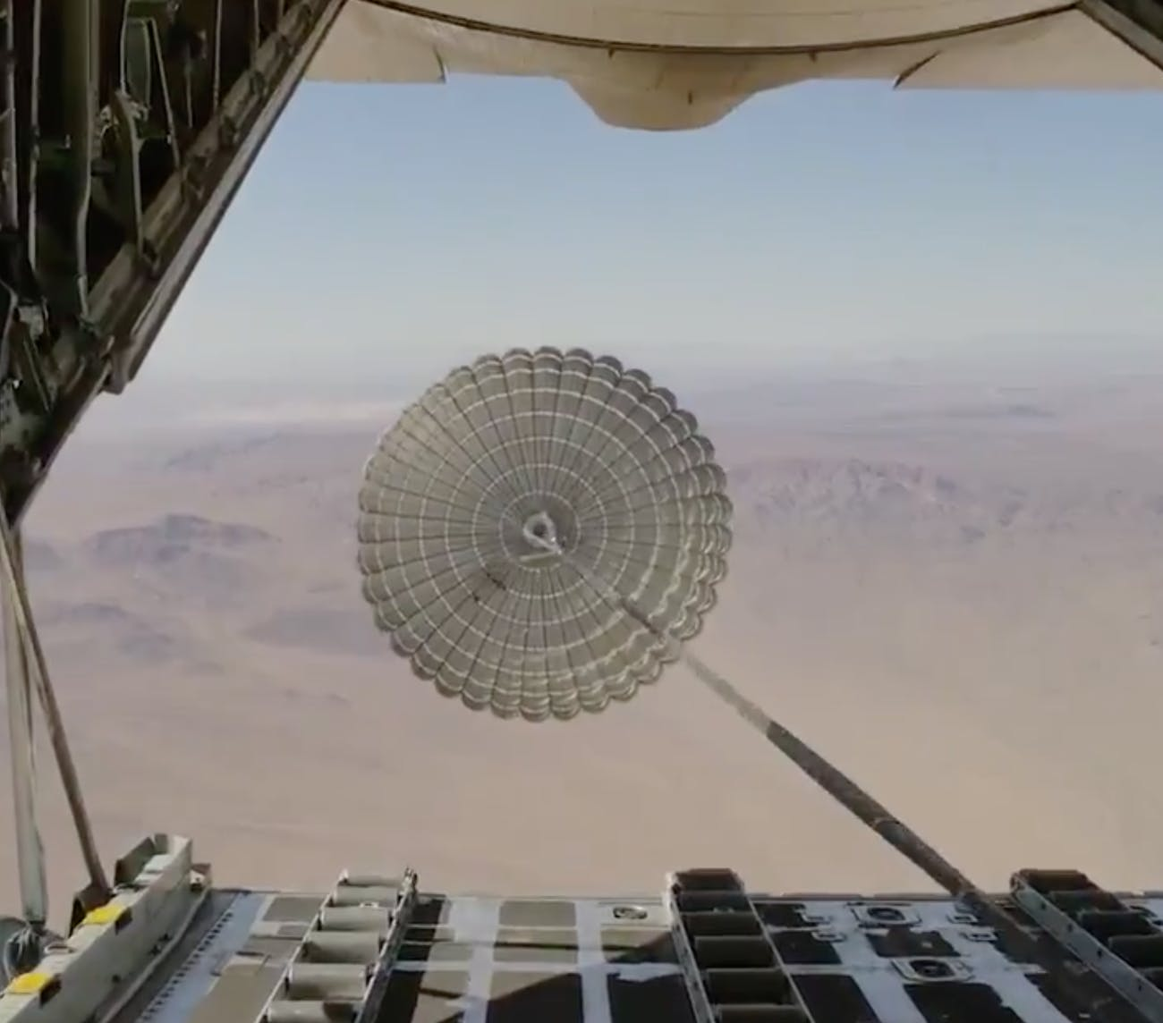 The xylon parachutes prepare for launch.