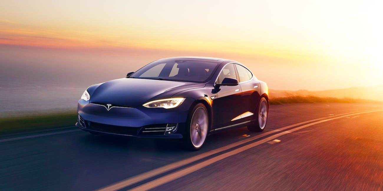 Radar In Tesla S Autopilot Update Will See Beyond Human Eyes