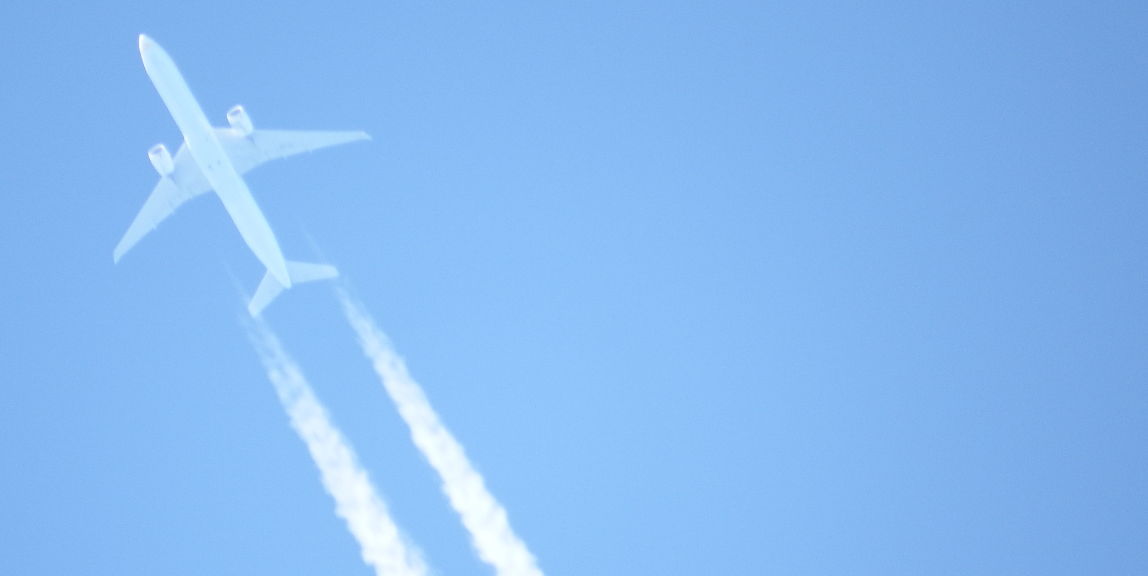 Debunking the Chemtrails Conspiracy Theory