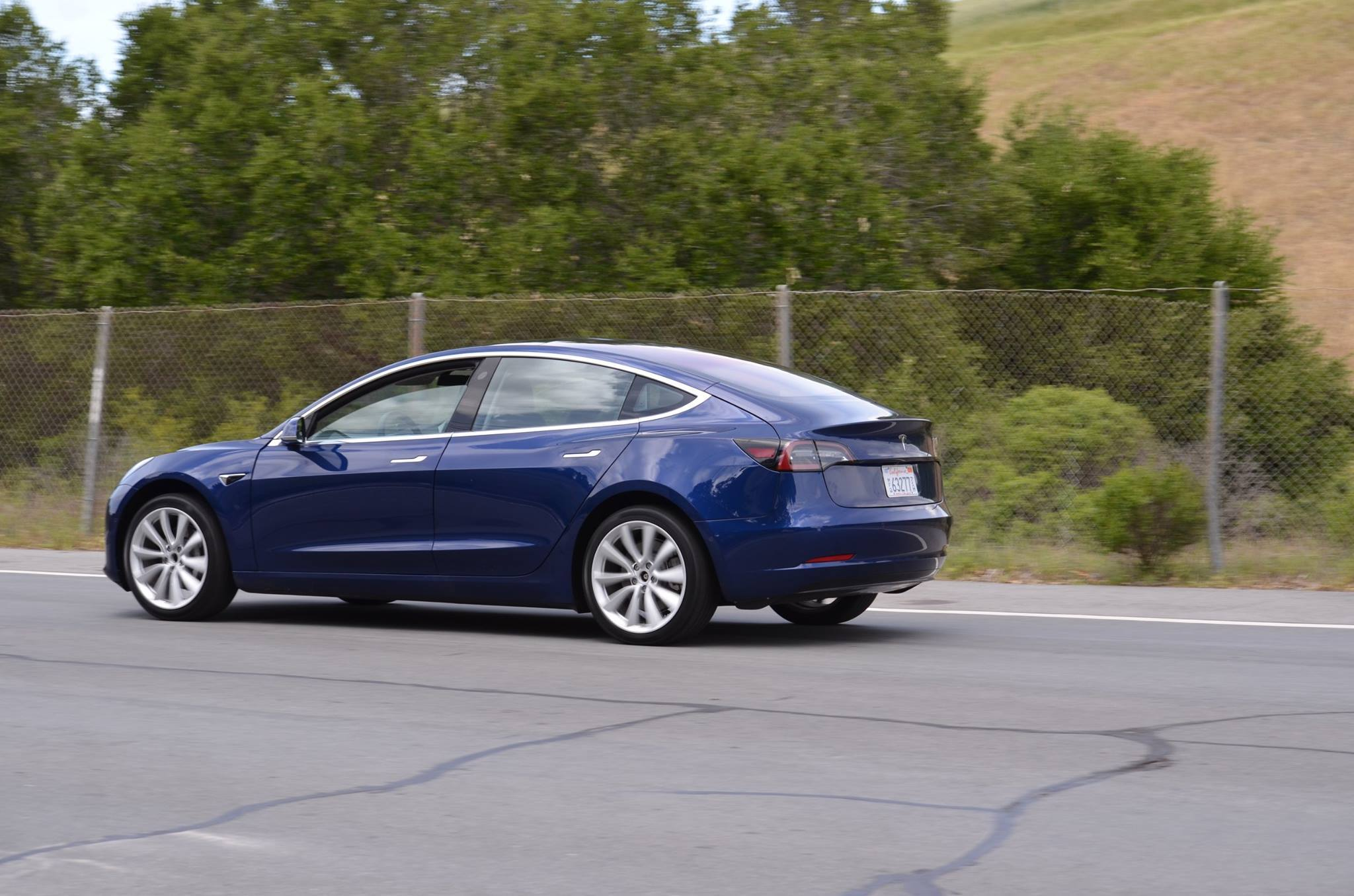 Tesla Inc (TSLA) Model S Loses Consumer Reports Top Safety Rating