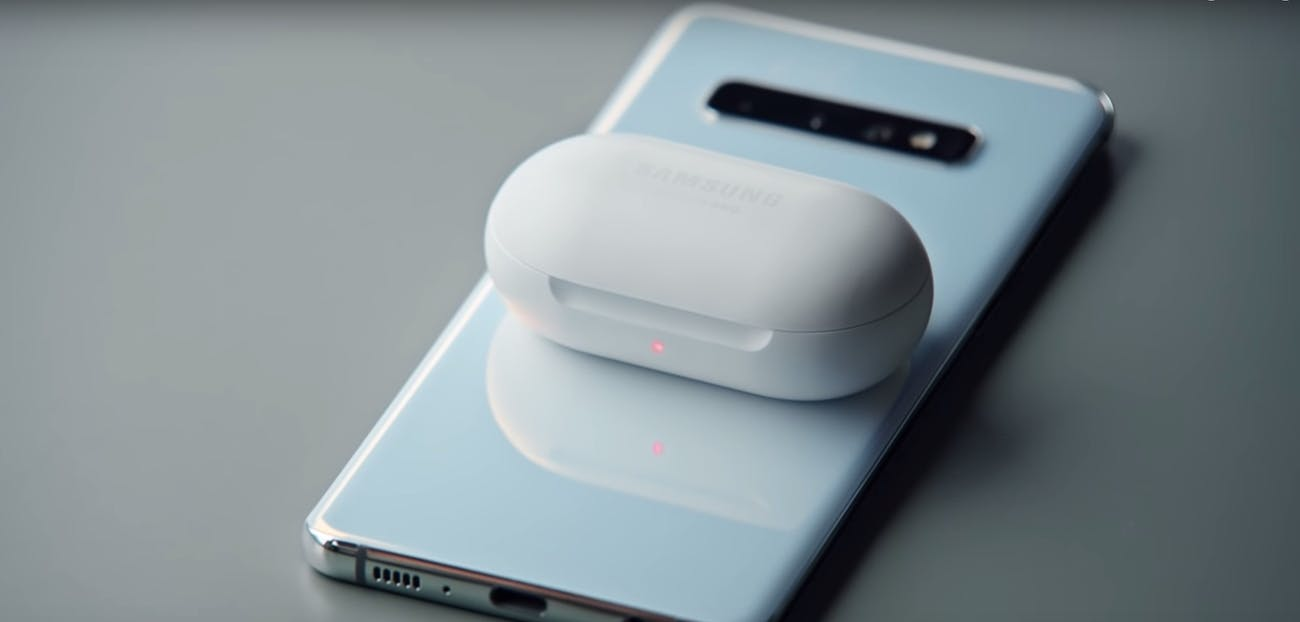 samsung galaxy buds s10 smartphones wireless charging