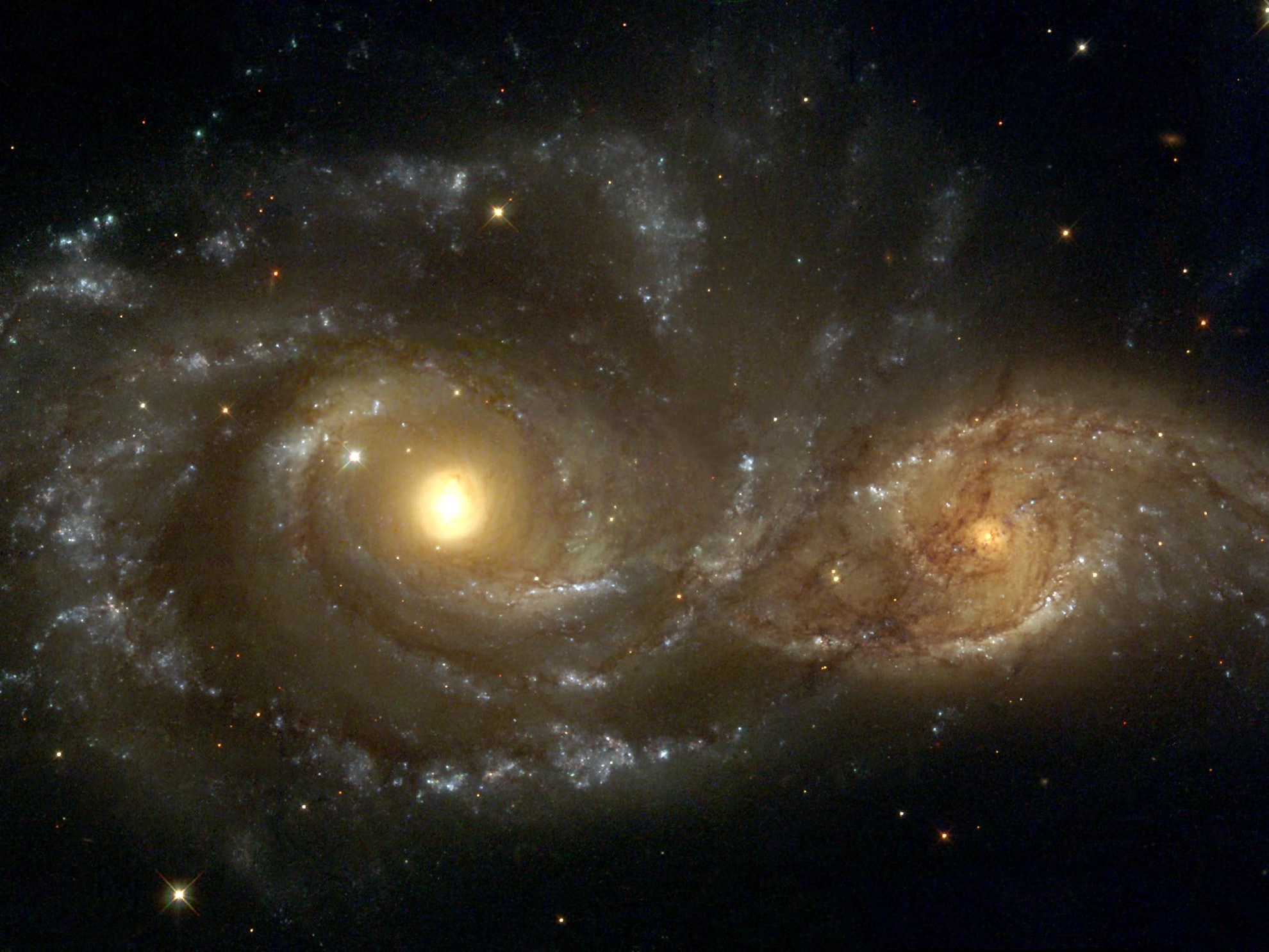 Get a room galaxies.