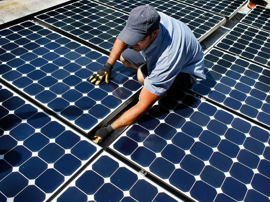 Why Florida's Power Companies Want to Kill Solar Power