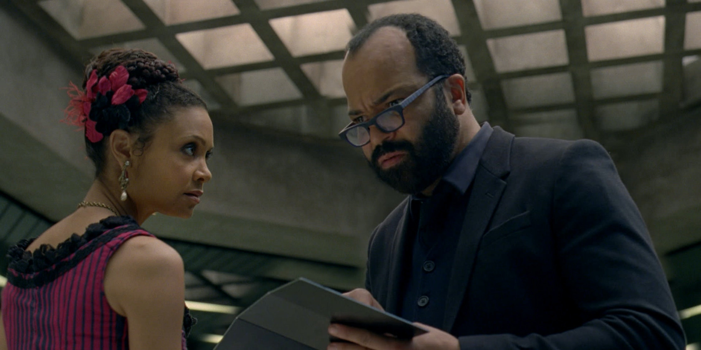 """5 Books to Read After Westworld's """"Well-Tempered Clavier"""""""