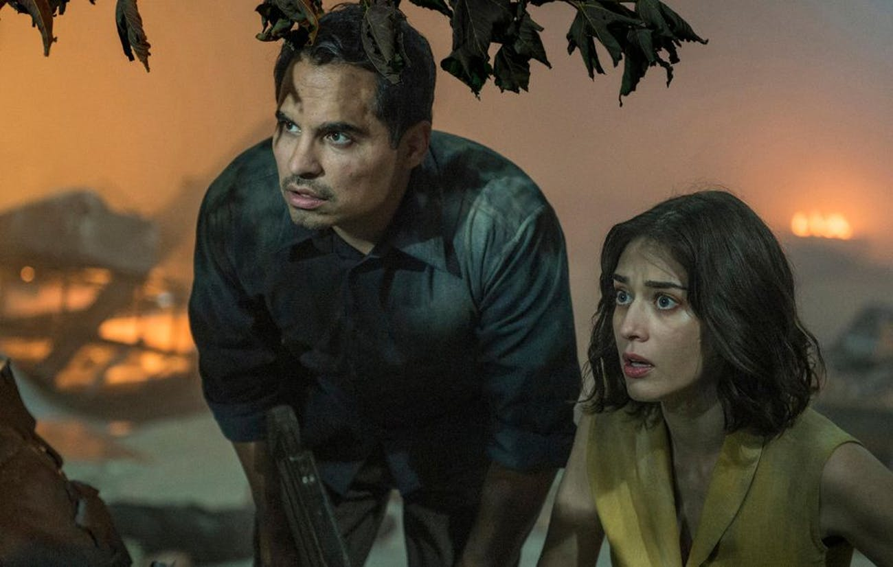 Michael Peña and Lizzy Caplan star in 'Extinction'.