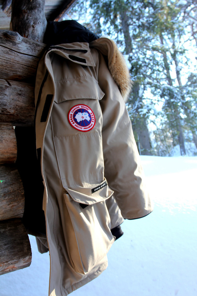 canada goose jacket fur smells