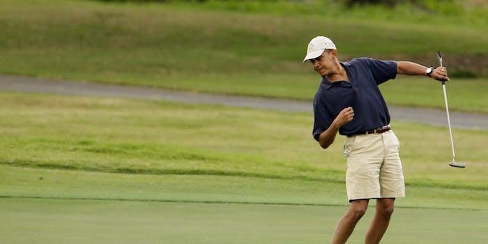 Barack Obama golf pose left hand putt putter