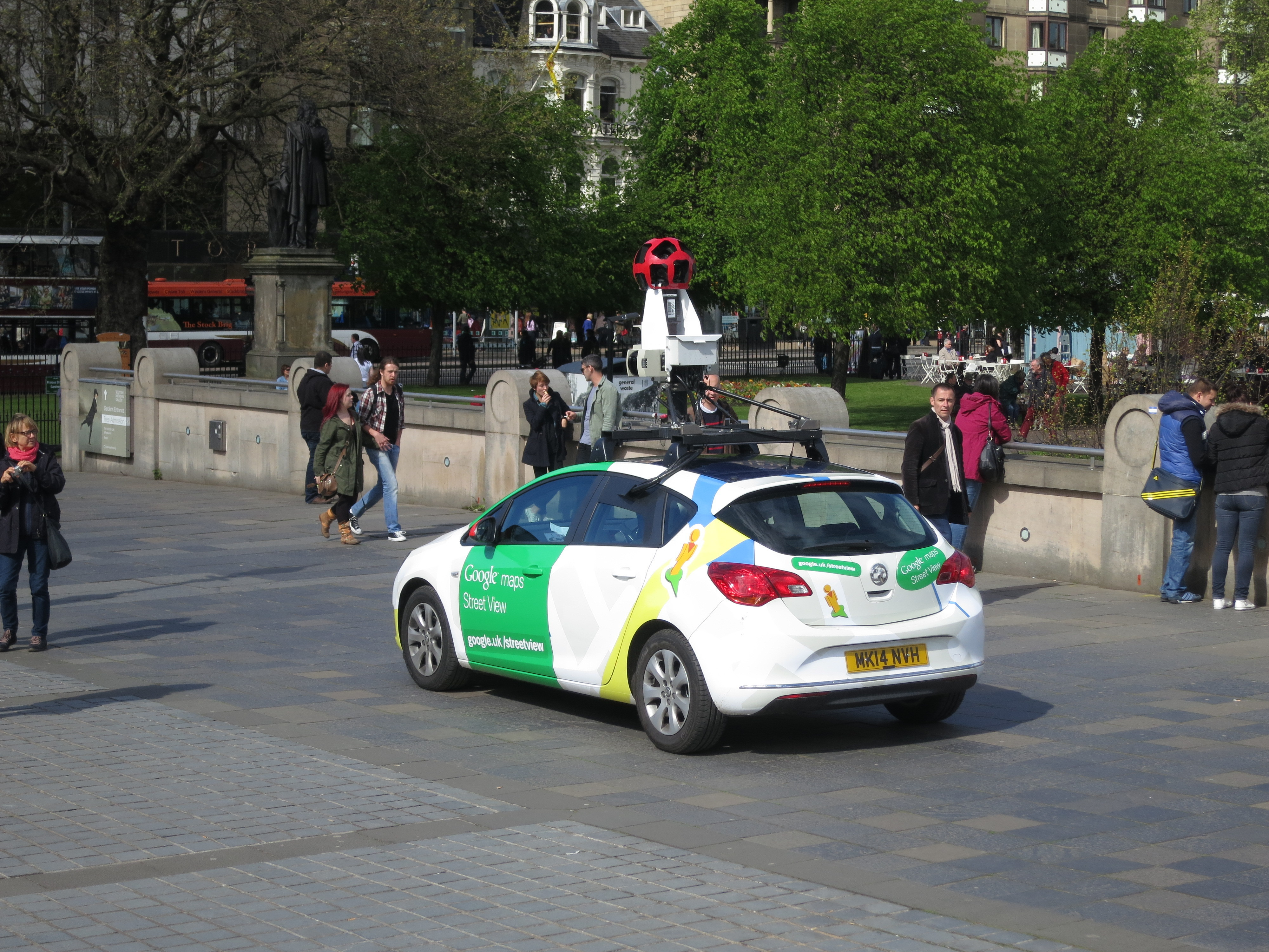 How To Change Street View In Google Maps on