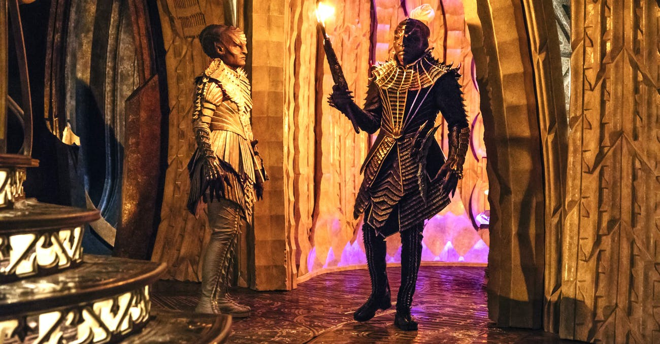Mary Chieffo as L'Rell and Chris Obi as T'Kuvma in 'Star Trek: Discovery'.