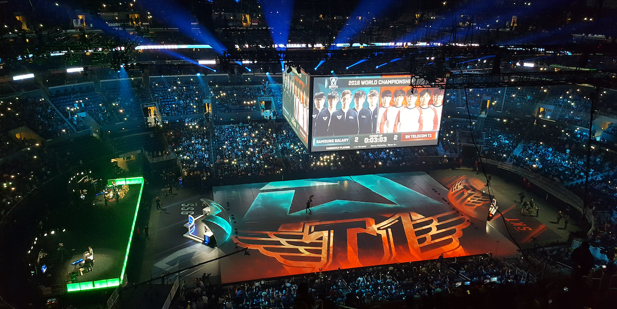 Esports Fans on the 2016 League of Legends World Championships Inverse