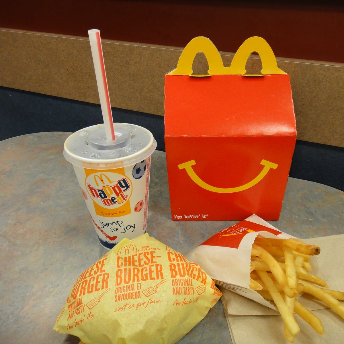 Eating Junk Food as a Kid Could Distort Your Appetite