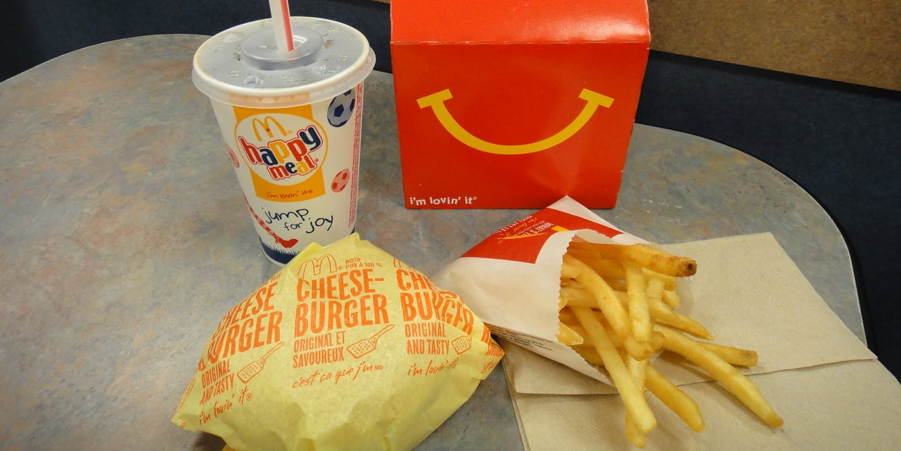 McDonalds Cheese Burger Happy Meal