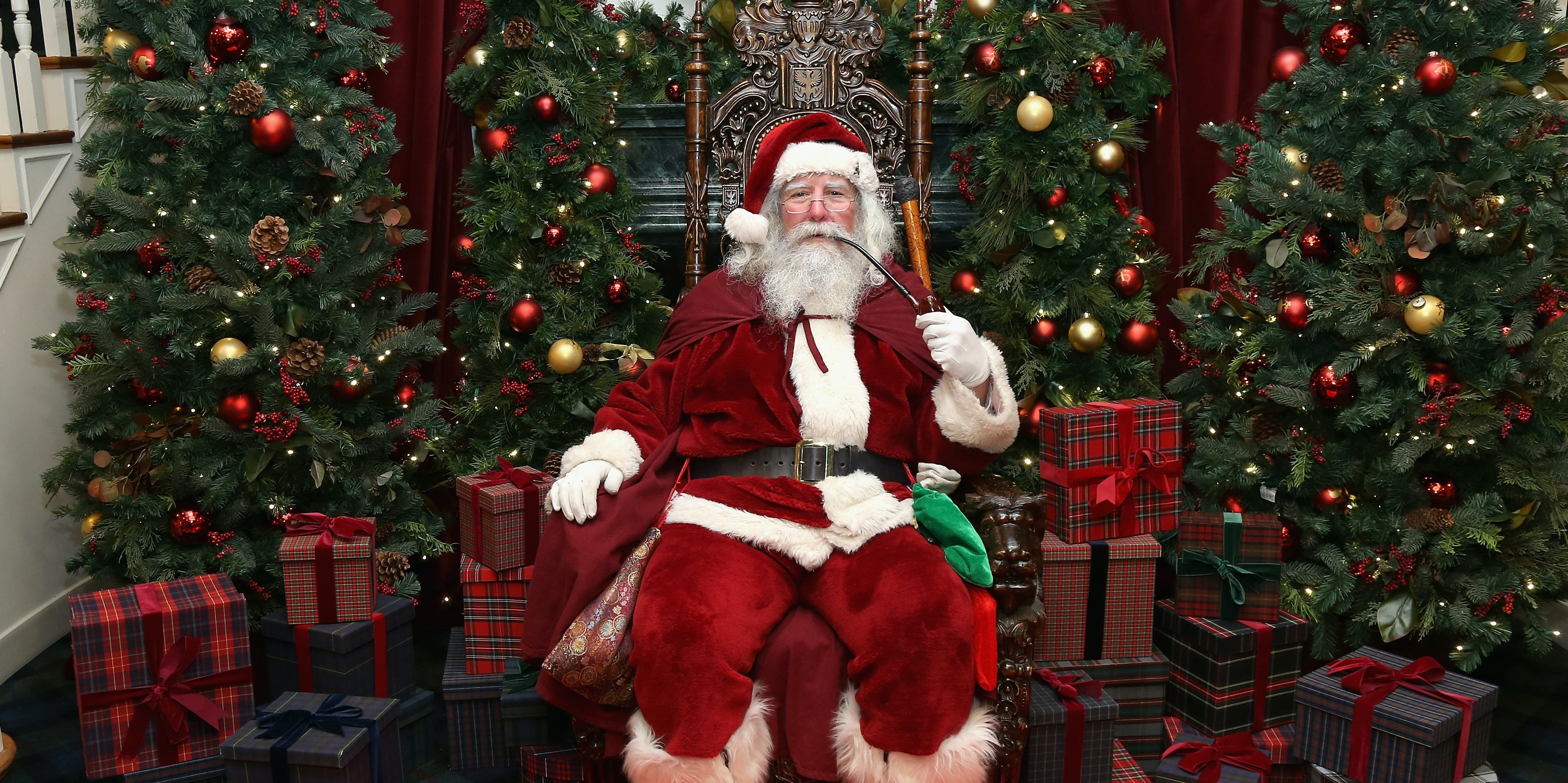 Santa Claus attends an evening hosted by Brooks Brothers to celebrate the holidays with St. Jude Children's Research Hospital at Brooks Brothers on December 13, 2016 in New York City.