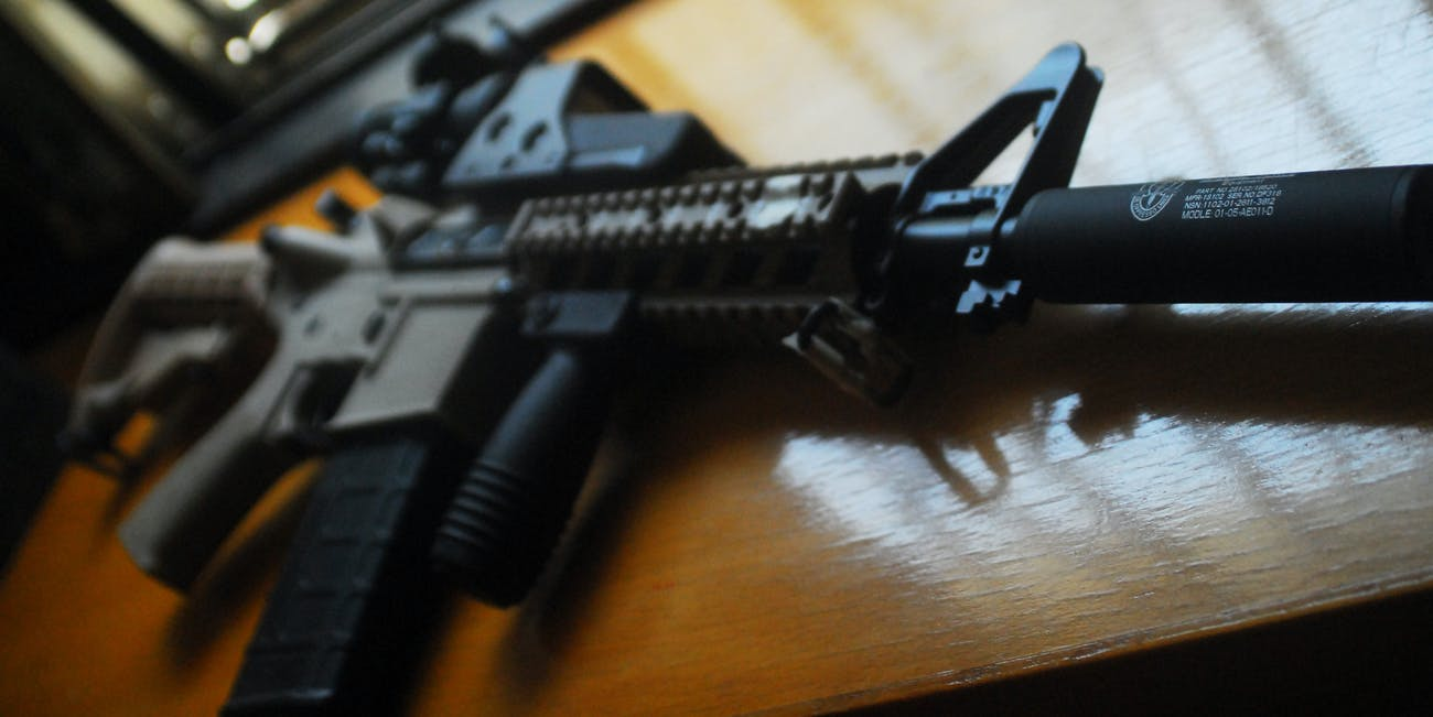 A special M4 carbine for a Specialist.