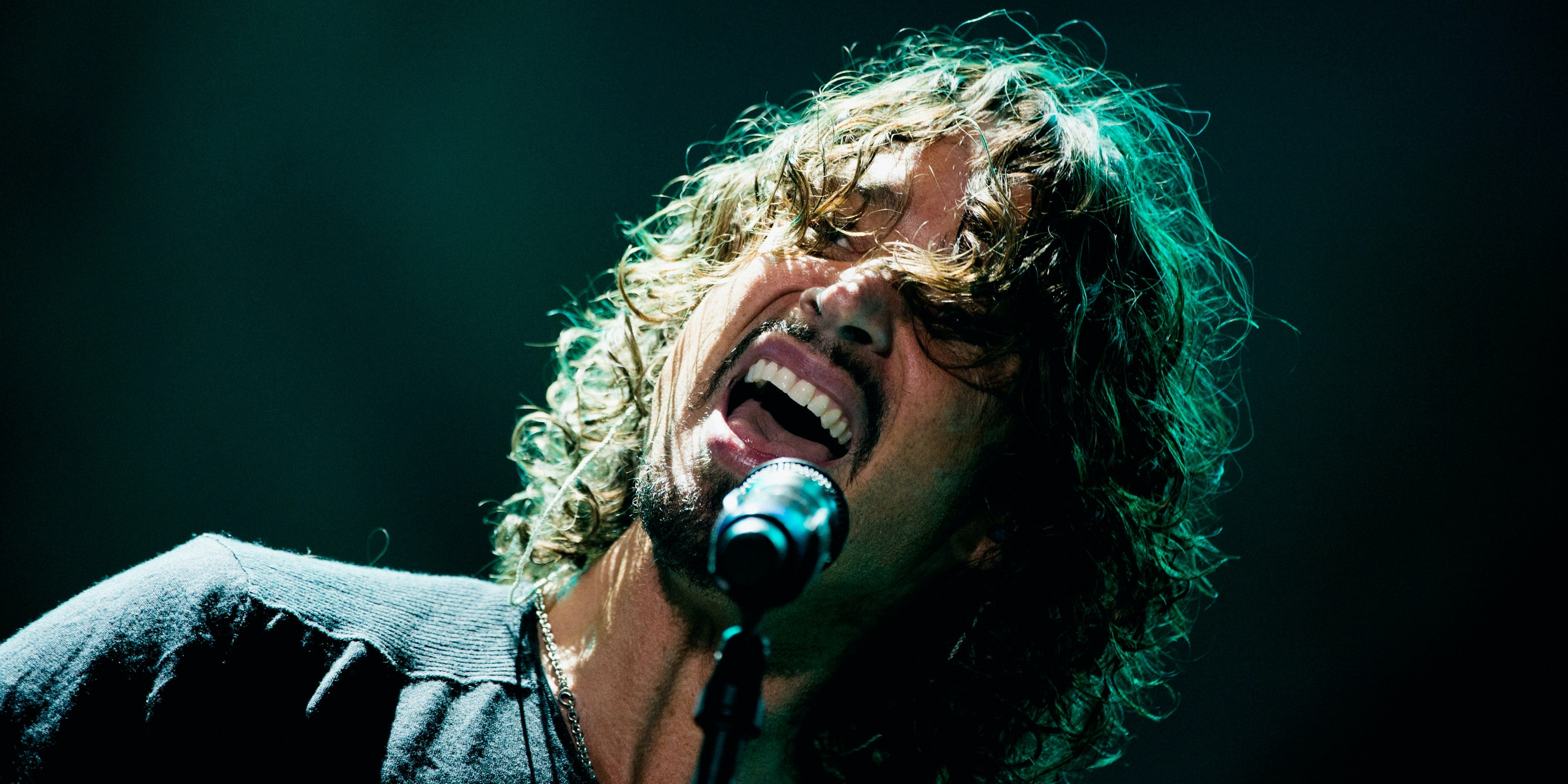 chris cornell s four octave vocal range explained inverse